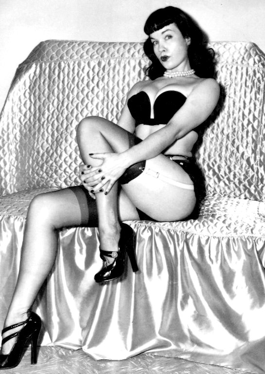 Bettie Page 2 - Ern's -  Morningstarr* Retro - Myriad of Ladies