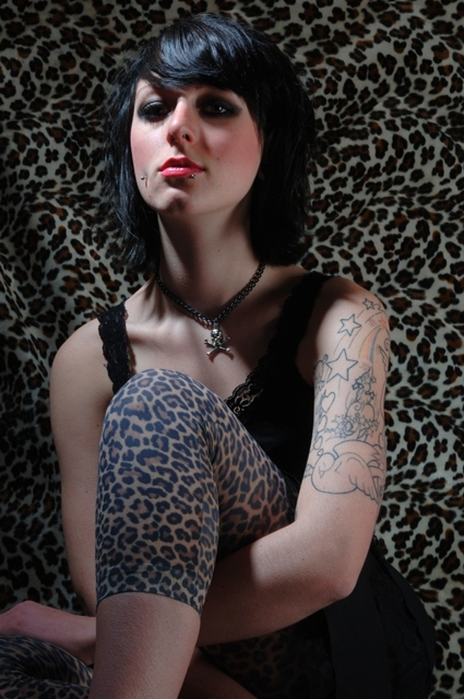 http://www.atomicpinup.com/images/LexiLee_4.jpg